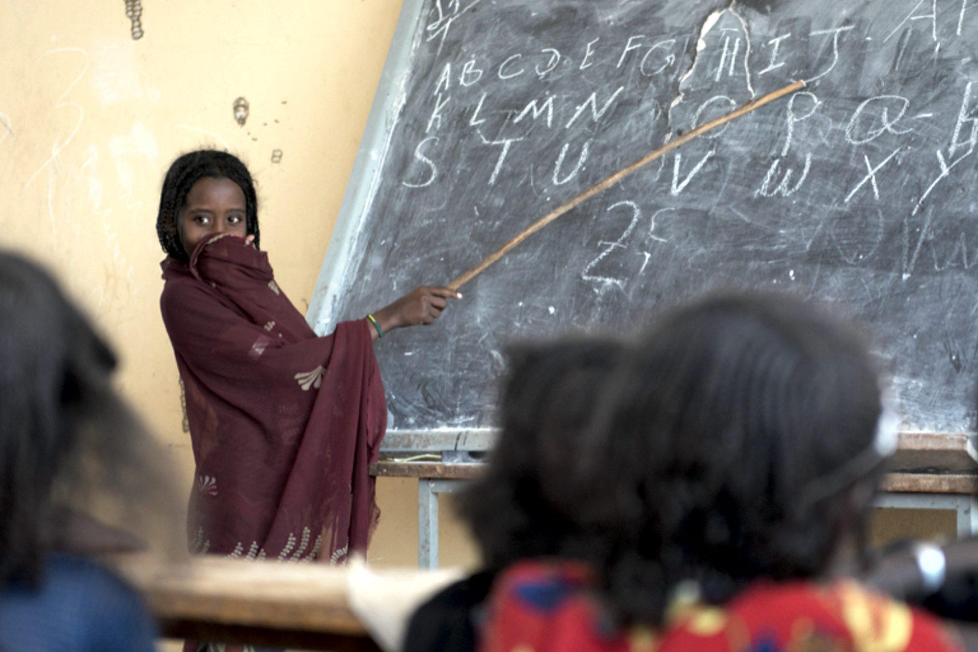 Keine Gewalt an Frauen - Bildung hilft